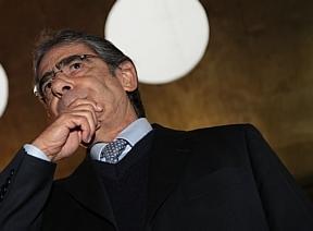 Ministro Carlos Britto suspende contrato polêmico do CNJ