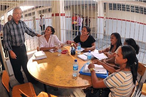 Jackson Barreto visita escolas estaduais em Nossa Senhora do Socorro