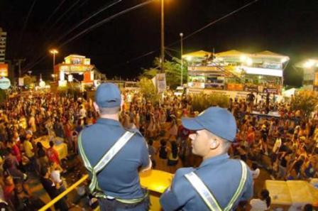 Pré-Caju 2012: PM dá dicas de segurança a sergipanos e turistas