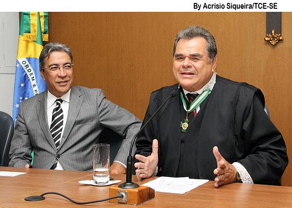Conselheiro Carlos Alberto Sobral assume a presidência do TCE