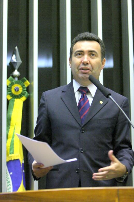 Sindicato protocola pedido de cassação de Heleno Silva
