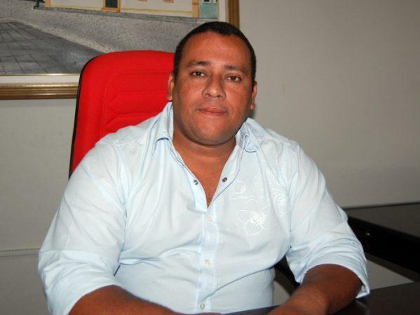 Ex-prefeito de São Cristóvão vai ter que devolver mais de  R$ 43 mil, além de multa sobre a glosa