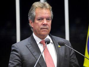 Suplente de senador por SE deixa o Senado Federal