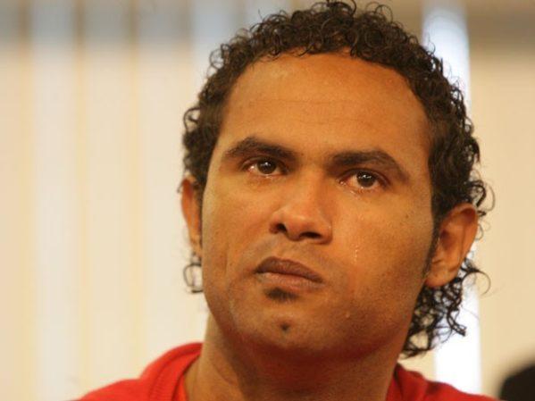 Goleiro Bruno se entrega após decisão do STF e é liberado