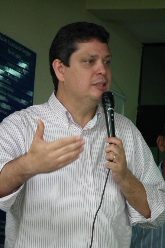 Márcio Macêdo reitera apoio a 10% do PIB para a Educação