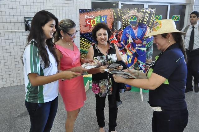 Em Sergipe, turista é recebido com muito forró no mês de junho