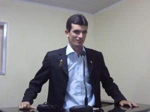 Paulo Junior (PSL) apresentou requerimento convocando a secretária para explicar os riscos do sistema das OS (organizações Socias). (divulgação)