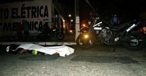 Assaltante se dá mal e morre ao tentar roubar policial.(Foto: Evenilson Santana)