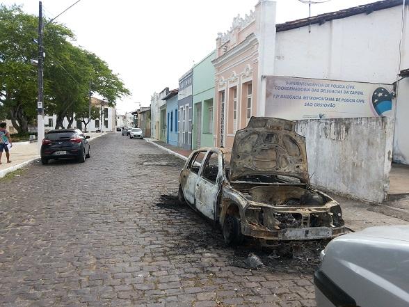 O veículo foi apreendido em uma ocorrência policial a cerca de 8 dias na cidade de São Cristóvão. (Foto: SE Notícias)