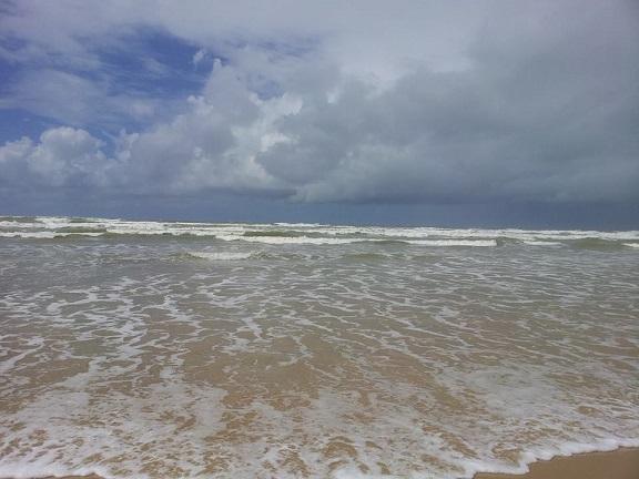 Marinha emite alerta de ressaca no litoral de Sergipe