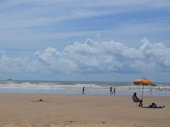 Marinha emite alerta de ondas grandes e ressaca no litoral do Estado de Sergipe