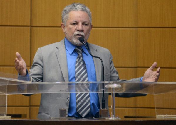 Autor de vídeo comete calúnia contra Gualberto e será processado na justiça.(Foto: Maria Odília/Alese