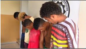 Ao todo foram presos cinco homens. (Foto: Reprodução/TV Sergipe)