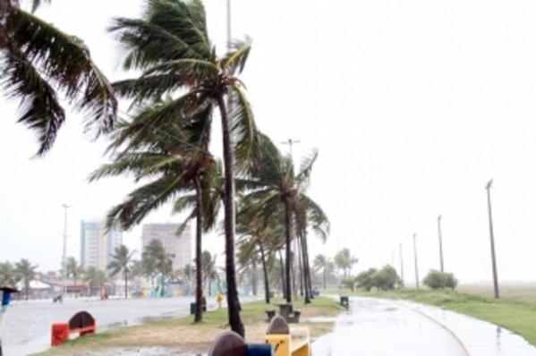 Aracaju poderá ter ventos fortes de até 74 km, alerta Defesa Civil