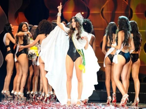 cearense-melissa-gurgel-e-eleita-a-miss-brasil-2014