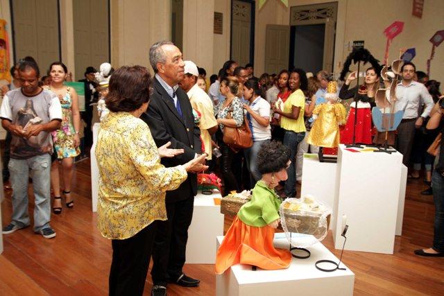 Prefeito inaugura Centro Cultural de Aracaju