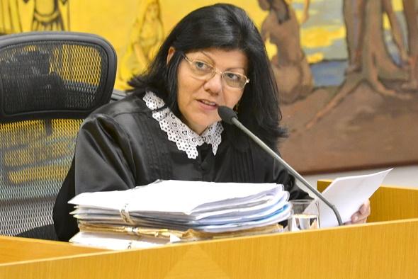 TCE determina que a Câmara de Vereadores de Aracaju defina critérios para o pagamento de auxílio refeição