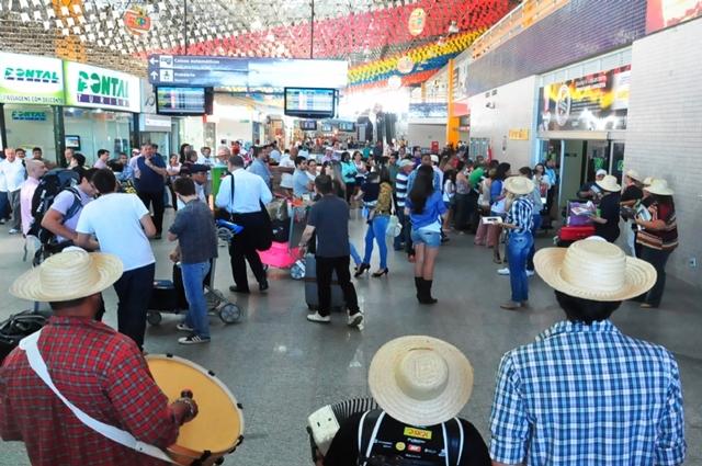 Trios pé-de-serra recepcionarão turistas no Aeroporto de Aracaju