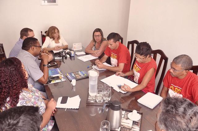 Professores de São Cristóvão rejeitam quarta proposta de reajuste