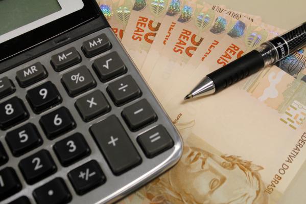 Governo de Sergipe inicia pagamento de servidores neste sábado, dia 29