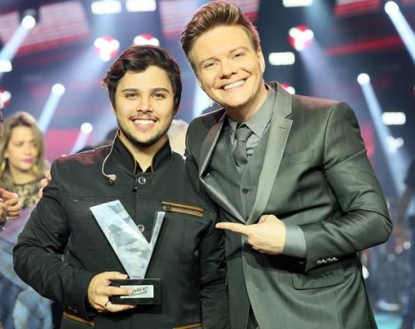 Renato Vianna é o campeão do 'The Voice Brasil'