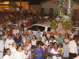 Milhares de pessoas prestigiam a Festa de Nossa Senhora D' Ajuda. (Foto: Ascom/Itaporanga)