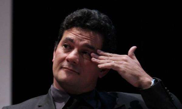 Sérgio Moro pede desculpas por divulgar gravações telefônicas de Lula
