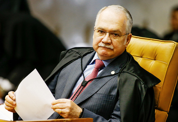Ministro do STF acelera julgamento sobre punição a parlamentares
