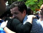 Parentes de vítimas do voo da Egyptair estão em choque e chorando (Foto: Reuters)