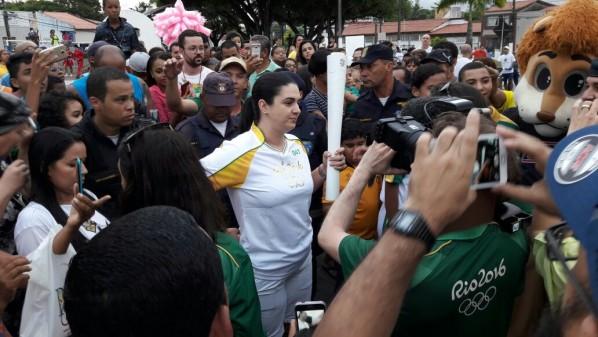 Governador de Sergipe recepciona chama olímpica em Canindé do São Francisco