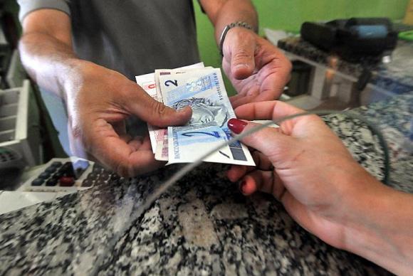 Banco Central diz que cédulas carimbadas não perdem valor