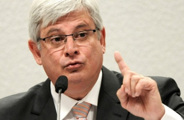 Janot não confirma pedido de prisão de Renan, Jucá, Sarney e Cunha.