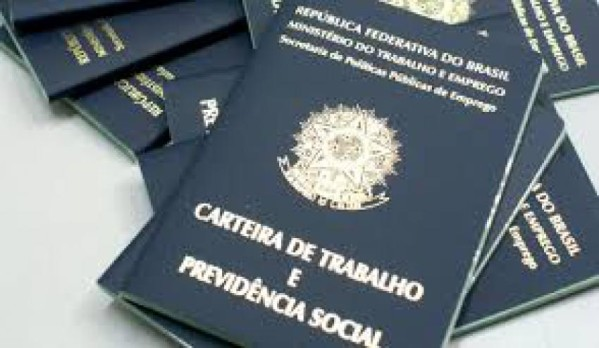 proximadamente 45 milhões de pessoas recebem um salário mínimo em todo o Brasil