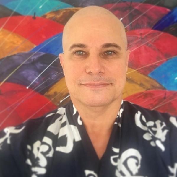 Edson Celulari agradece apoio na luta contra câncer: