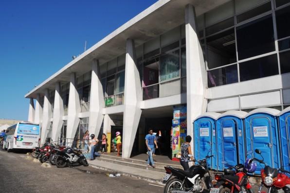 Terminal Luiz Garcia passa por reparos