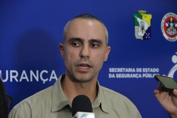 """Ministro da Controladoria-Geral da União chama senadora de """"descontrolada"""", e CPI reage"""