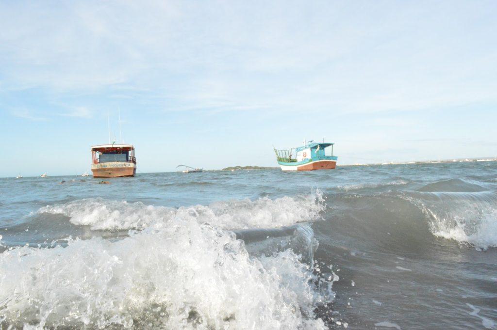 Marinha emite alerta para frente fria e ondas de até 4 metros em Sergipe
