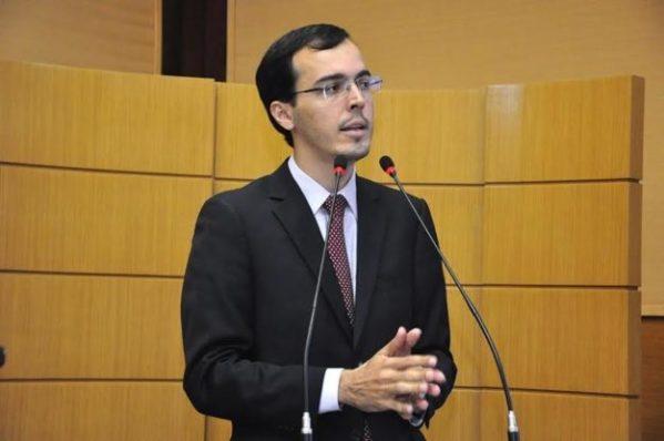 """Georgeo: """"Belivaldo é sim responsável pelo aumento da gasolina em Sergipe"""""""