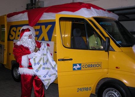 Prazo para adoção das cartinhas do Papai Noel dos Correios termina sexta-feira