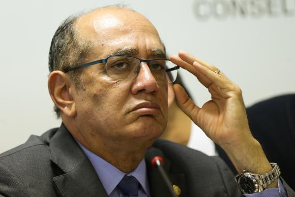 Gilmar Mendes vota contra liberar cultos e missas na pandemia; STF retoma julgamento nesta quinta-feira