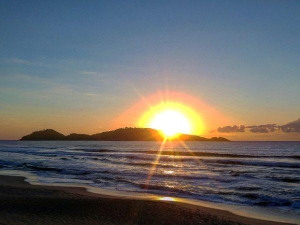 Verão começa na segunda-feira (21); previsão é de tempo parcialmente nublado e calor em Sergipe