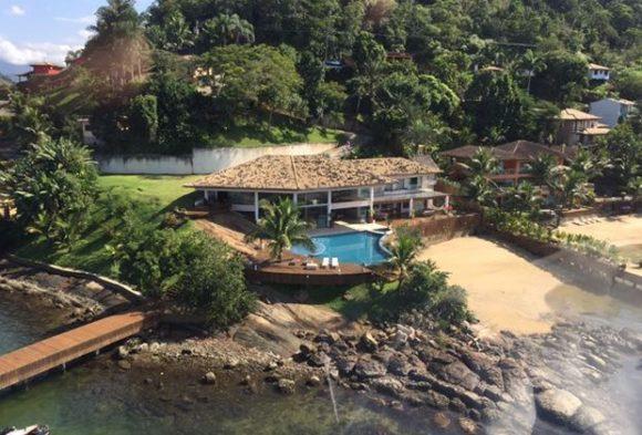 Vista aérea: casa onde Michel Teló passou ano novo custa R$20 milhões (Foto: Priscila Serra/Divulgação)