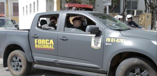 No Rosa Elze, Força Nacional recupera carro que foi tomado de assalto minutos antes no Siqueira campos