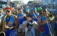 Barra dos Coqueiros tem carnaval para todos os gostos