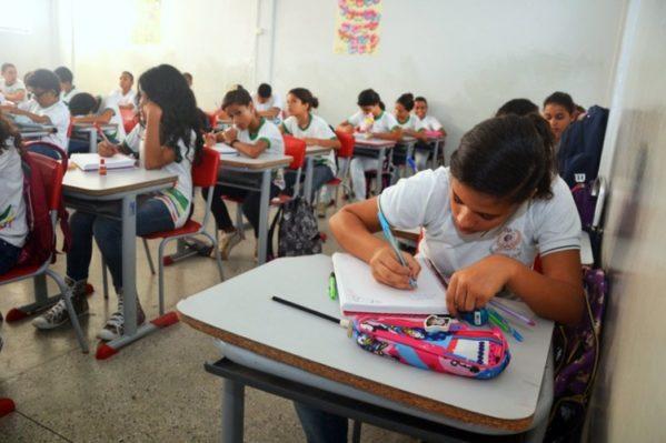 Aulas da rede pública estadual de ensino permanecem suspensas