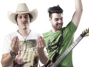 Dupla Fiduma & Jeca era a atração da festa sertaneja em Arandu (Foto: Divulgação)