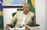 Governo irá exonerar todos os cargos de comissão para reduzir gastos