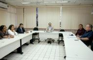 Belivaldo dialoga com representantes dos delegados de Sergipe