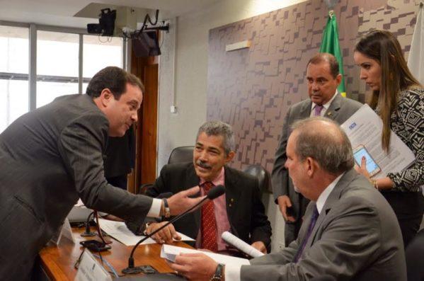 Nesta terça-feira (18), foi aprovada a Medida Provisória 761 na comissão mista responsável pelo assunto.