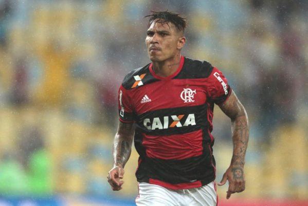 Guerrero marcou dois gols no clássico contra o Botafogo e foi o nome do jogo Daniel Castelo Branco / Agência O Dia ATAQUE